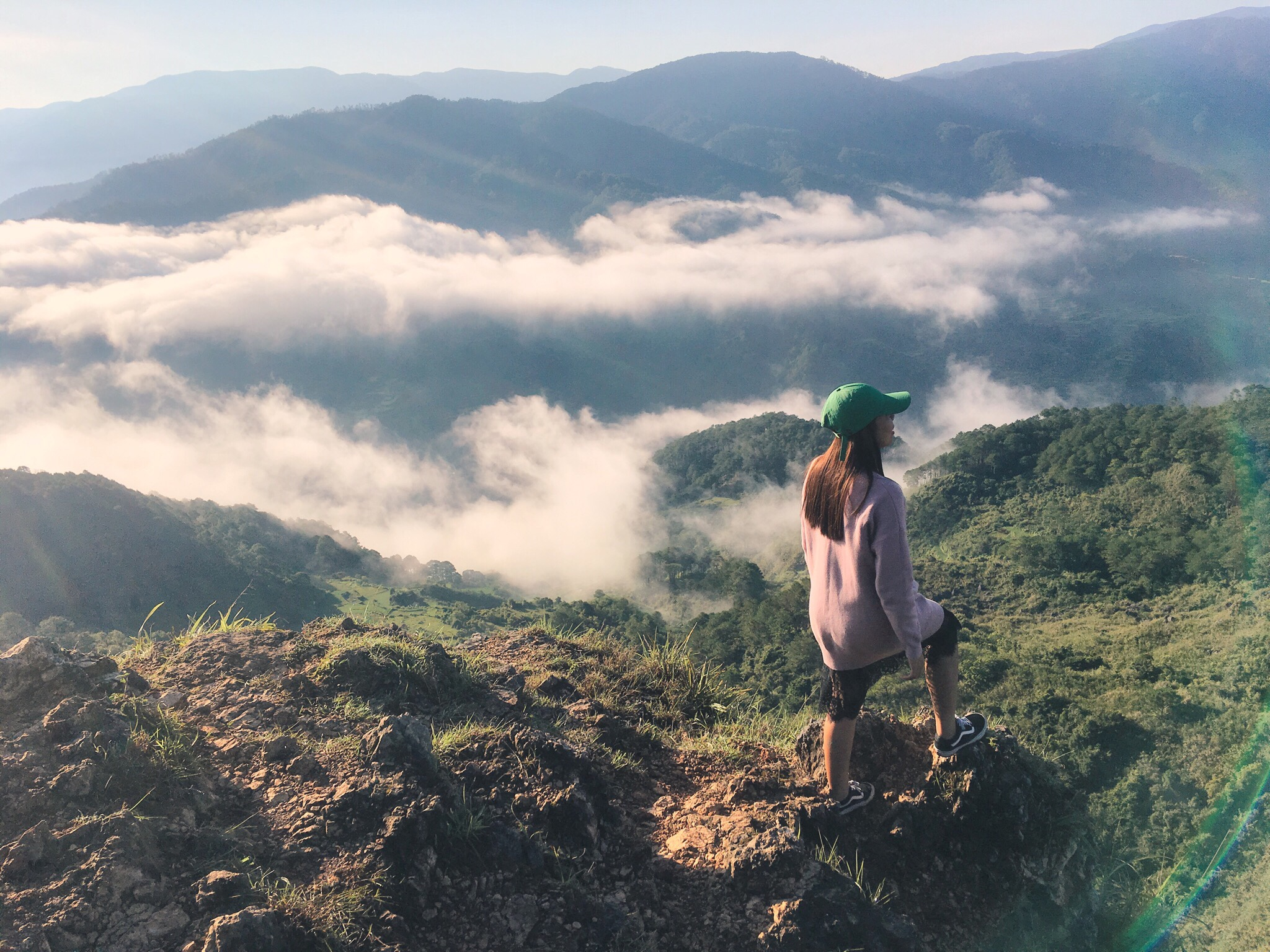 MARLBORO HILLS: Travel Guide To The Heavenly Hills Of Sagada